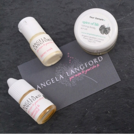 skincare-sample-pack